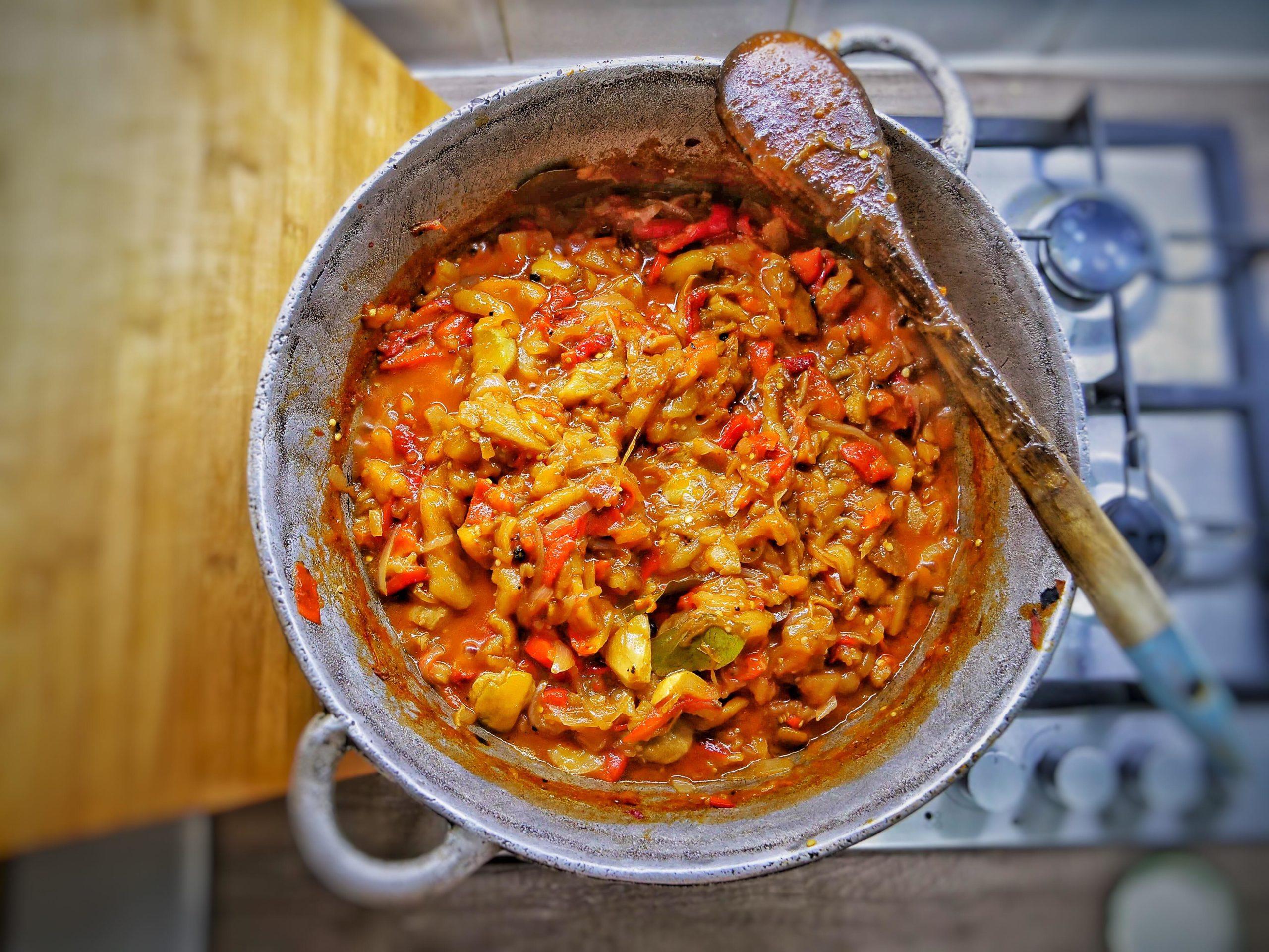 Zacusca cu legume coapte si hribi